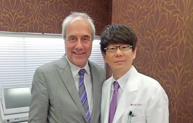 Dr.Swiftと藤井院長の画像
